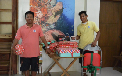 TUBBATAHA RANGERS RECEIVE CHRISTMAS GIFTS FROM STRANGERS
